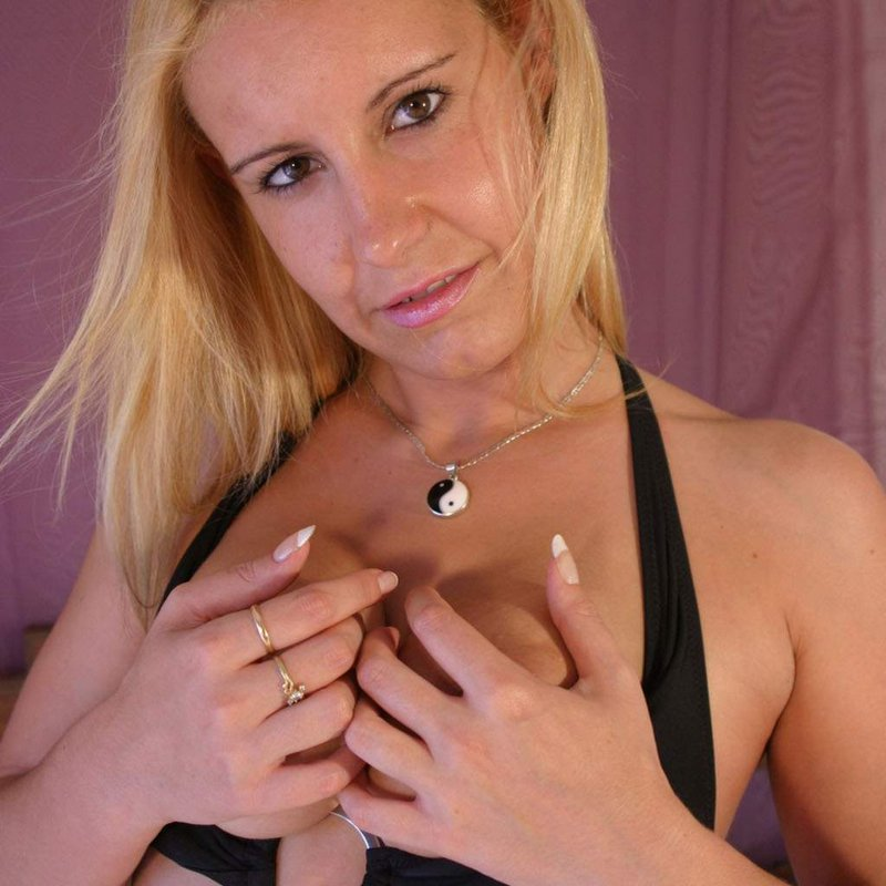 Tchat coquin rencontre coquine Kendra Allauch
